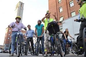 Martedì 20 settembre: pedalando a Varese con gli assessori