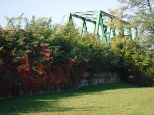 Ponte in ferro a scavalco Milano Saronno